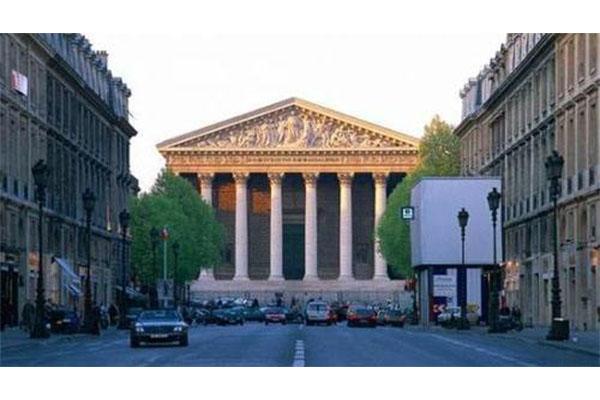 巴黎CREAPOLE高等艺术设计及管理学院